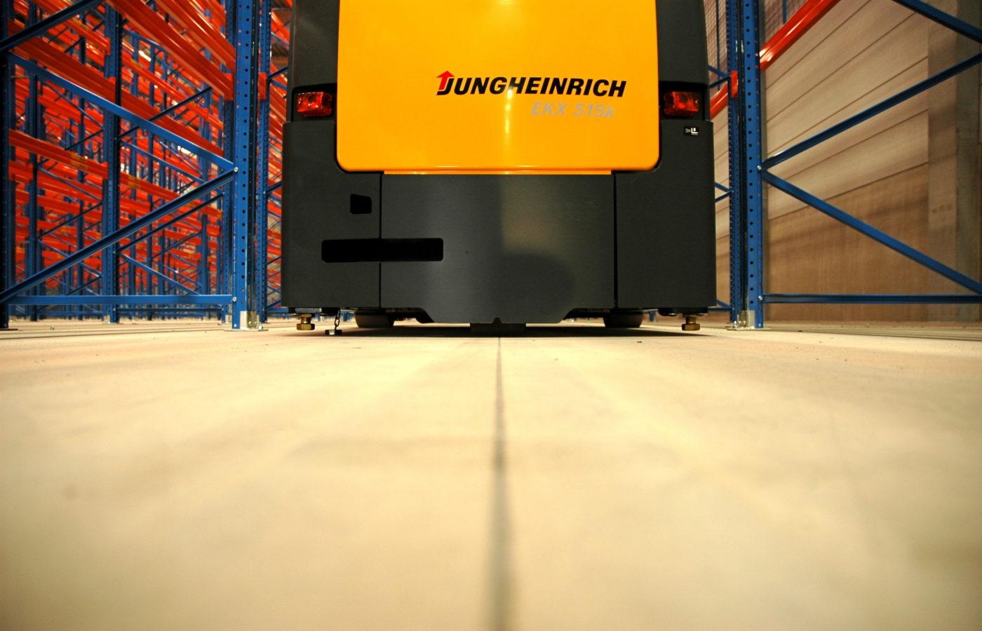 7.-Distriport-Benelux.JPG